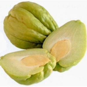 Fresh-Whole-Chayote-Family's-Favorite-Foods